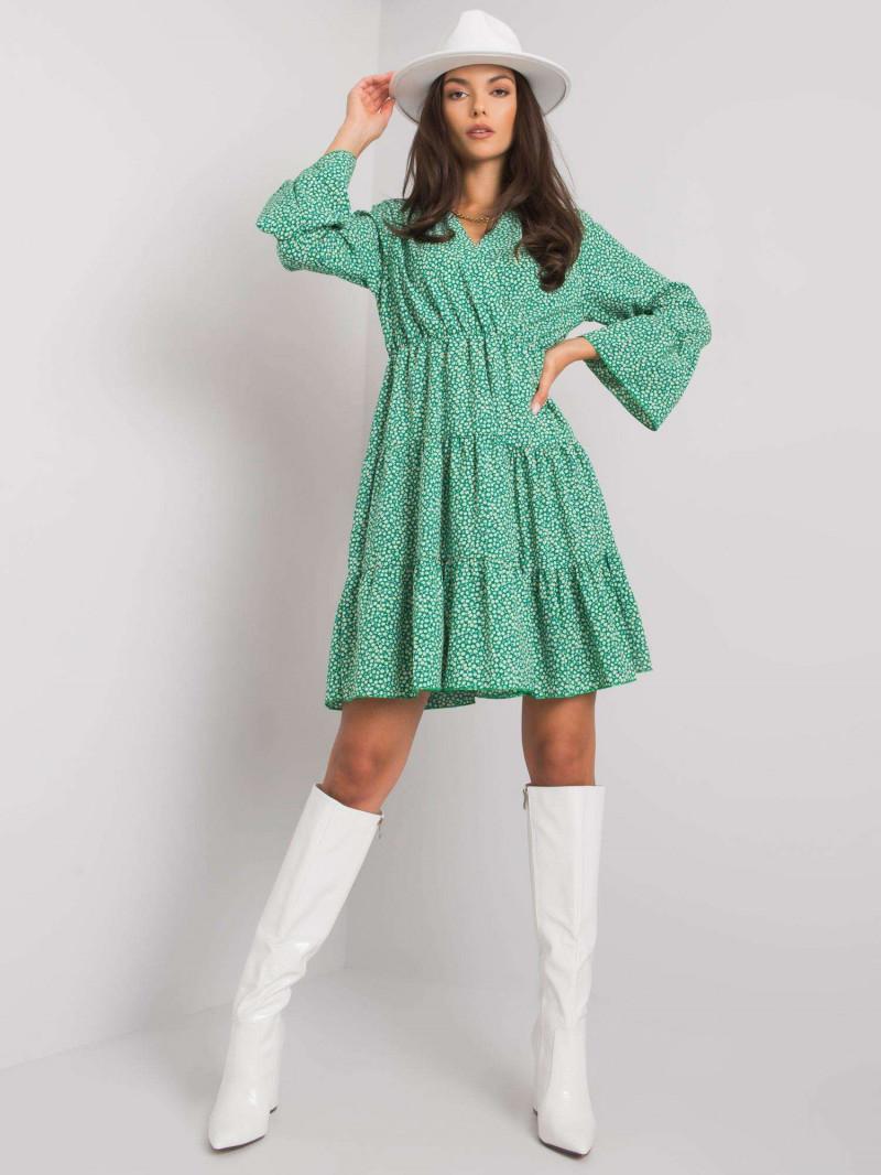 Zielona sukienka w drobne wzory